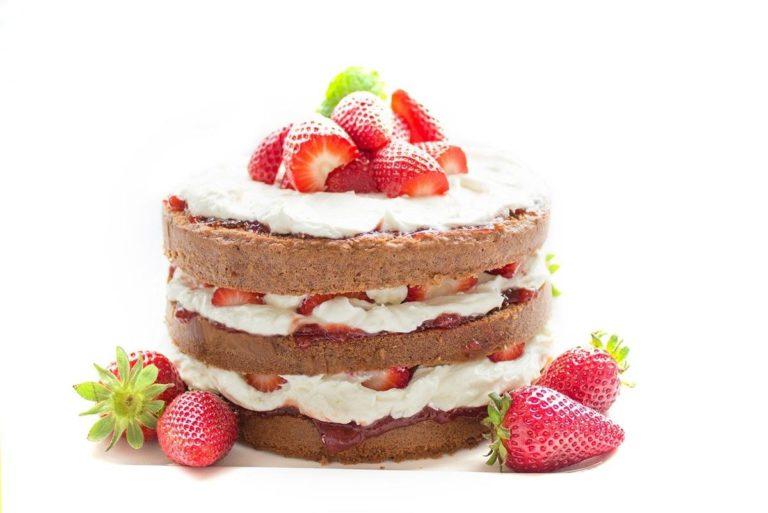 Smaczne domowe ciasta z owocami