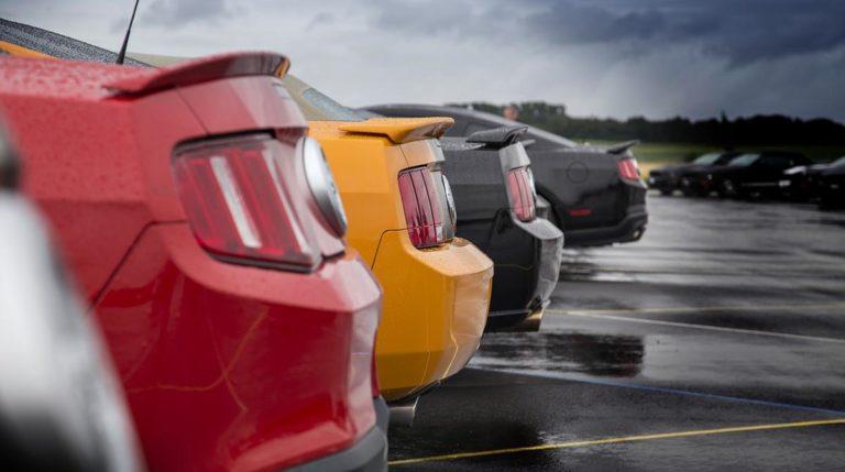 Jak wyszukać korzystne oferty przy zakupach używanych pojazdów?